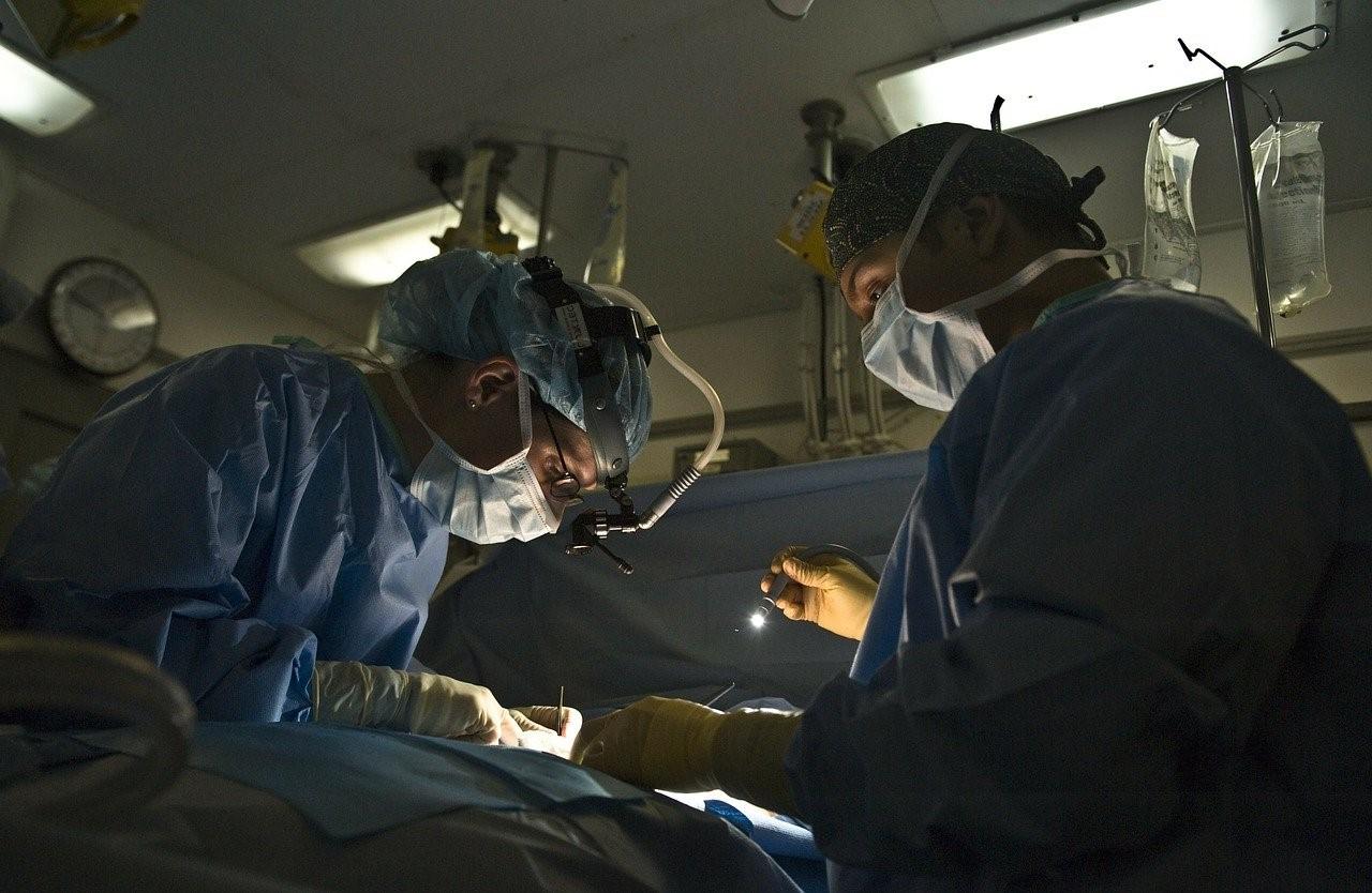 Thomas Le Carrou : histoire chirurgie orthopédique